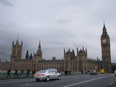 The Palace of Westminster and the Big Ben.- © www.rubybenz.com